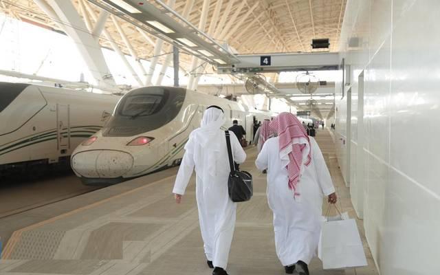 السعودية تسمح باستخدام كامل سعة القطارات والحافلات المقعدية بين المدن والعبّارات