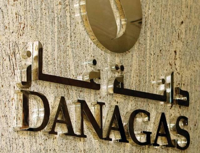 لافتة تحمل شعار شركة دانة غاز