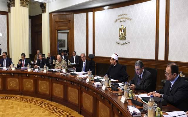 مجلس الوزراء يُقر تعديل مشروع قانون النظافة العامة لتنظيم قواعد تحصيل رسم شهري نظير أداء الوحدات الإدارية