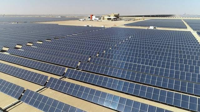 أحد مشاريع الطاقة النظيفة في الإمارات