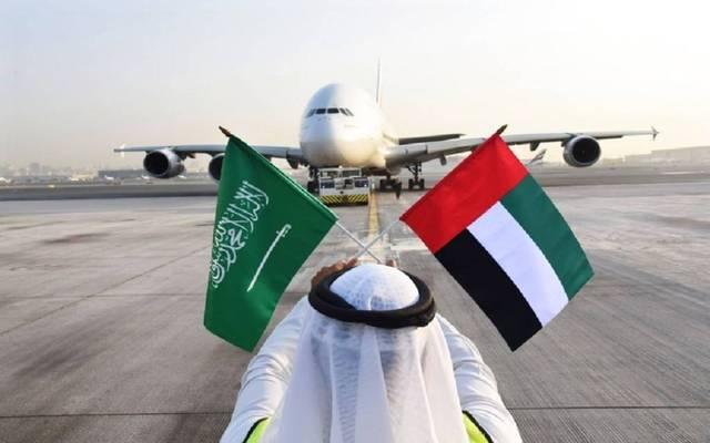 إنفوجرافيك.. نمو هائل بعمليات البحث عن الرحلات الجوية من السعودية إلى الإمارات