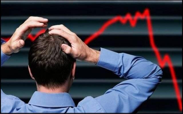 اللون الأحمر يفرض سيطرته.. سلالة كورونا الجديدة تصيب الأسواق العالمية