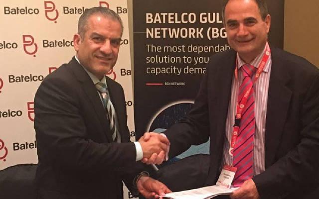 """جانب من مراسم توقيع اتفاقية التعاون بين """"بتلكو"""" و""""OTEGL OBE"""" العالمية - الصورة من البيان الصحفي"""