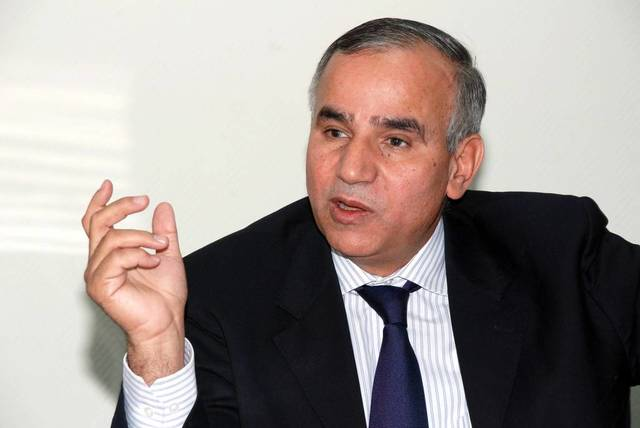 حمدي عزام نائب رئيس بنك التنمية الصناعية والعمال المصري