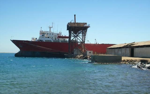 إعادة فتح ميناء سفاجا المصري بعد تحسن الأحوال الجوية