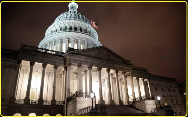 شيكات للمواطنين ودعم للشركات..معلومات حول حزمة التحفيز الأمريكية بتريليوني دولار