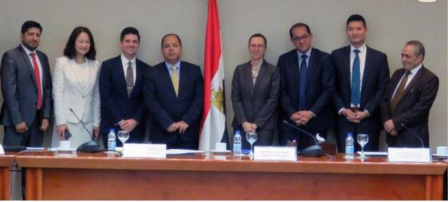 Egypt discusses social media tax draft law with Facebook officials
