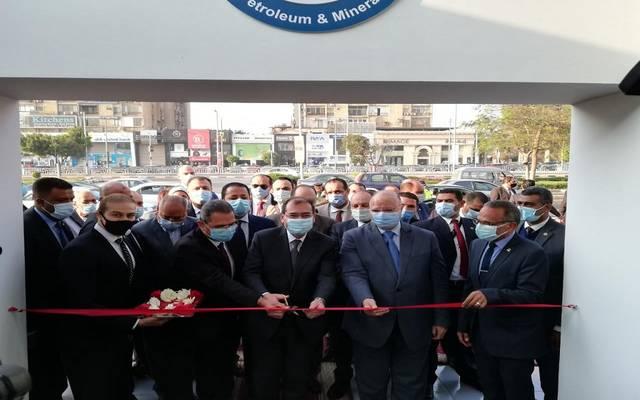 وزير البترول المصري: إقبال متزايد على تحويل السيارات للعمل بالغاز الطبيعي