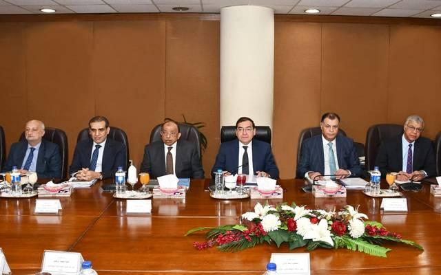 وزير البترول خلال أعمال الجمعيات