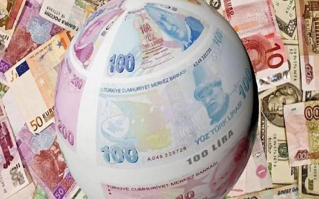 خسائر حادة لعملات الأسواق الناشئة مع قوة الدولار