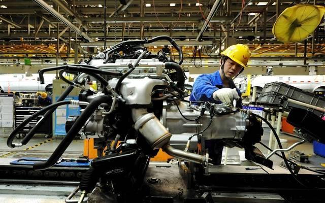 أداء الاقتصاد الصيني يمنح إشارات متباينة في أكتوبر