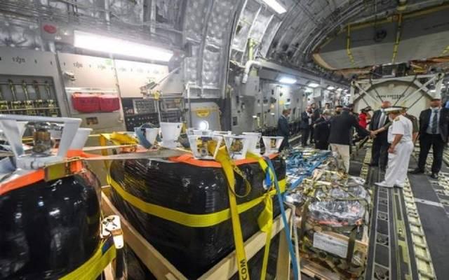 طائرة عسكرية كويتية محملة بعشرين طنا من الأكسجين