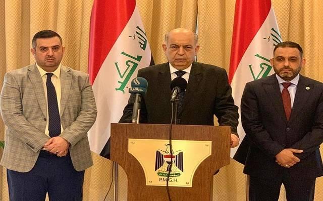 وزير النفط العراقي ثامر عباس الغضبان خلال حفل التوقيع على عقد نقل النفط الأسود بين شركة تسويق النفط العراقية (سومو) وشركة ناقلات النفط العراقية