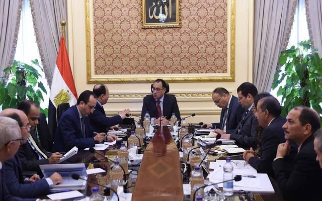 خلال اجتماع رئيس مجلس الوزراء مع وزير المالية