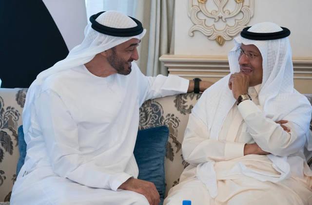 الشيخ محمد بن زايد حاكم أبوظبي والأمير عبدالعزيز بن سلمان وزير الطاقة السعودي الجديد
