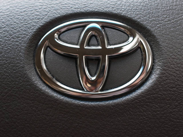 Toyota recalls 1.7m cars worldwide over Takata airbag defect