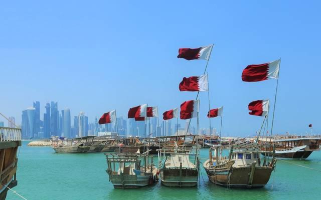 قوارب تحمل علم قطر