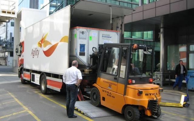 شاحنة تابعة لأجيليتي في أحد مواقع العمل