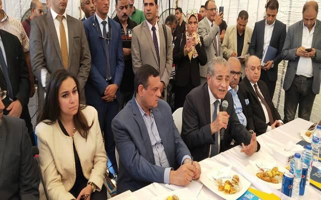 وزير التموين علي المصيلحي خلال مؤتمر صحفي بالبحيرة