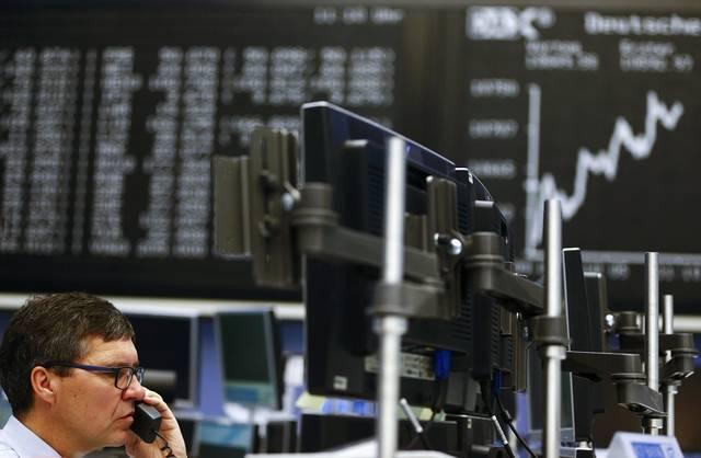 European equities flatten amid focus on Brexit, corporate earnings
