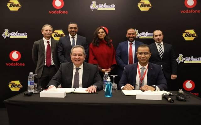 فودافون مصر توقع مذكرة تفاهم للاستحواذ على 20% من شركتى مصارى وبيي للمدفوعات