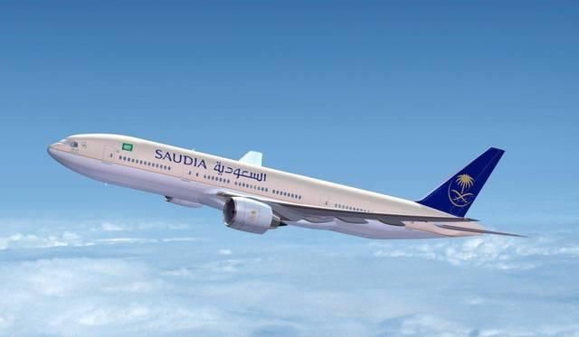 إحدى طائرات شركة الطيران السعودية الوطنية أثناء رحلة لها لدبي