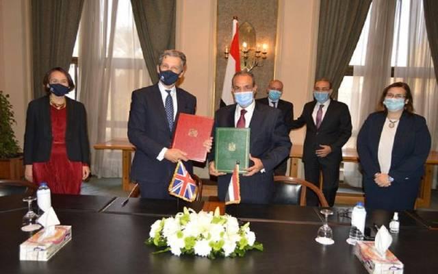 توفر اتفاقية المشاركة المصرية البريطانية تحريراً كاملاً للتجارة البينية في المنتجات الصناعية ومعظم السلع الزراعية والمنتجات الغذائية والأسماك ومنتجاتها