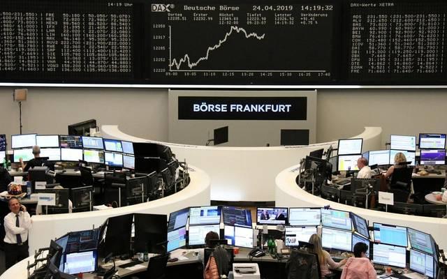 محدث.. انخفاض الأسهم الأوروبية بالختام مع مخاوف تجارية وبيانات اقتصادية