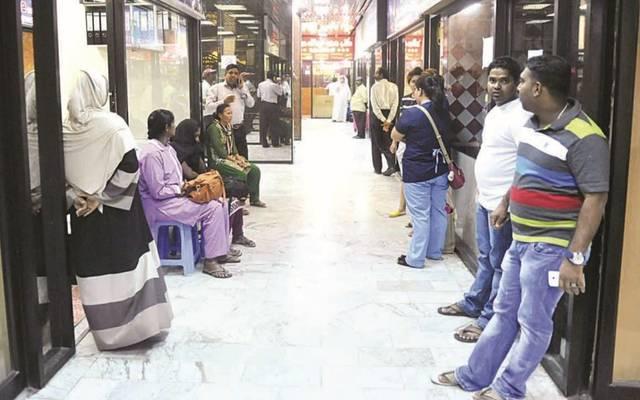 القوى العاملة  بالكويت توقف إصدار أذونات عمل الوافدين في التعاونيات