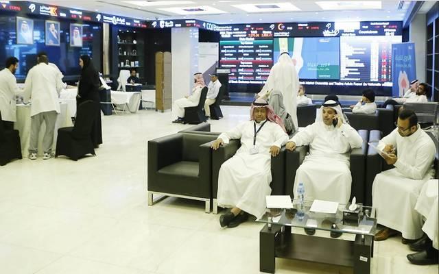 مستثمرين في سوق الأسهم السعودية- أرشيفية