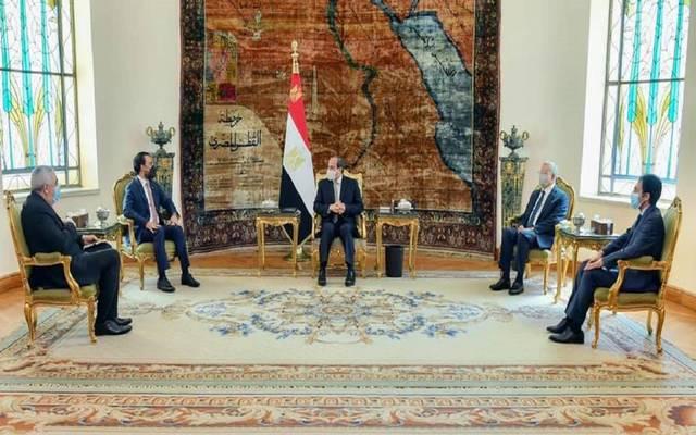 السيسي يؤكد حرص مصر على تطوير التعاون مع العراق بالمجالات كافة