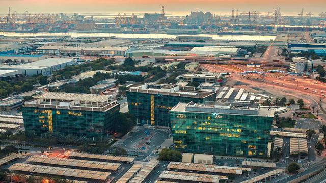 """إنفوجراف.. نمو قطاع التجزئة والتجارة الإلكترونية في """"جافزا"""" 10.6%"""