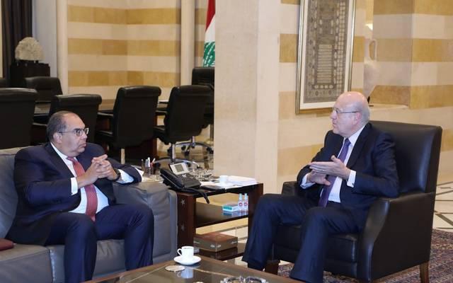 نجيب وميقاتي مع المدير التنفيذي لصندوق النقد الدولي وممثل المجموعة العربية محمود محي الدين