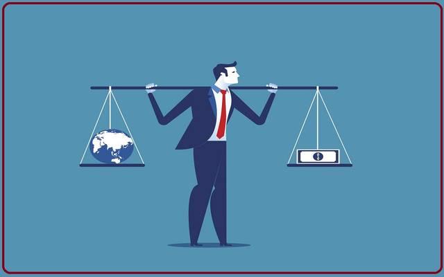 الوجه الآخر للرأسمالية.. لماذا لا نحمي الموظف ونخفض رواتب المديرين؟