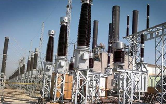أبراج توصيل الطاقة الكهربائية