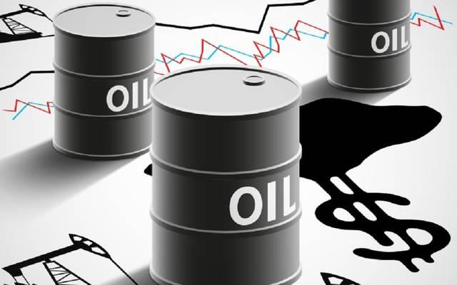 محدث.. النفط يرتفع 1% عند التسوية مع مخاوف نقص الإمدادات