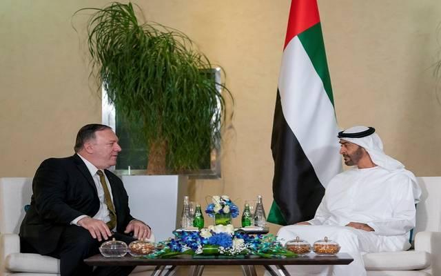 الشيخ محمد بن زايد خلال لقاء وزير الخارجية الأمريكي