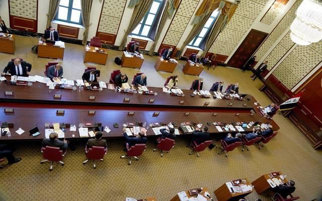 جانب من اجتماع مجلس الوزراء العراقي بحضور رئيس وأعضاء المفوضية العليا المستقلة للانتخابات