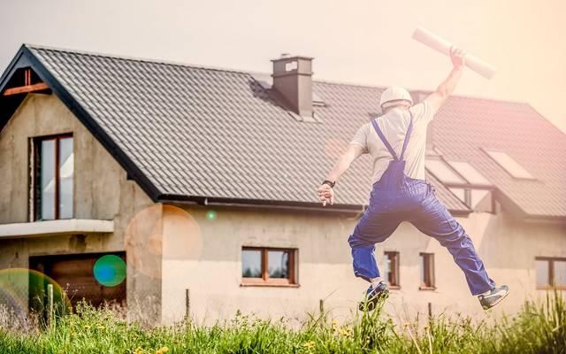 ارتفاع يتجاوز التوقعات لتصاريح وعمليات البدء في بناء المنازل الأمريكية