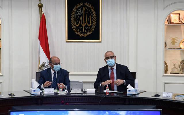 جانب من اجتماع عاصم الجزار، وزير الإسكان والمرافق والمجتمعات العمرانية، والمستشار عمر مروان، وزير العدل