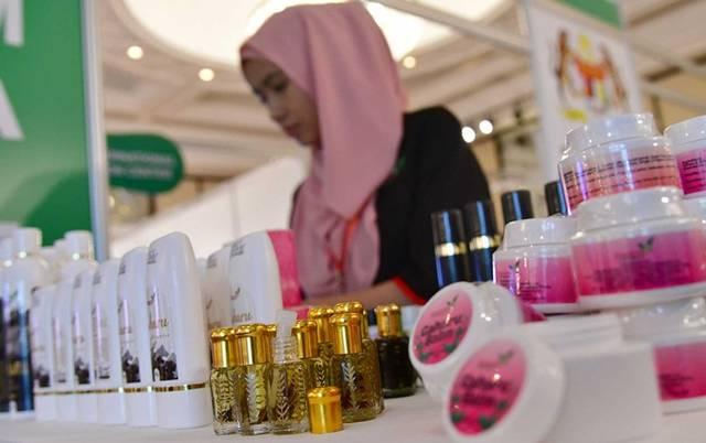 فِيمَ أنفق المسلمون أموالهم في 2017؟