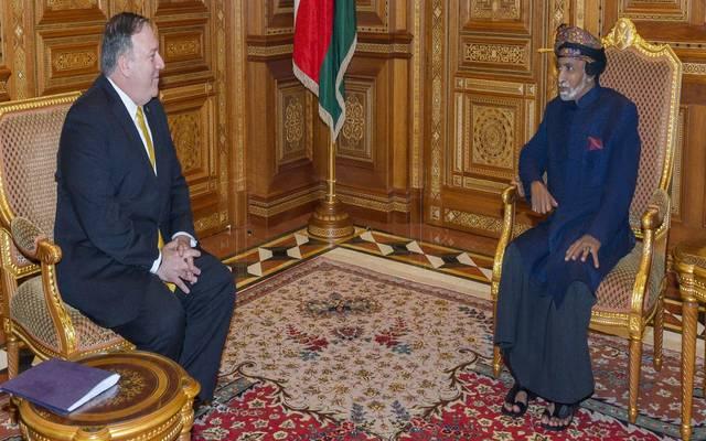 السلطان قابوس خلال لقاء وزير الخارجية الأمريكي