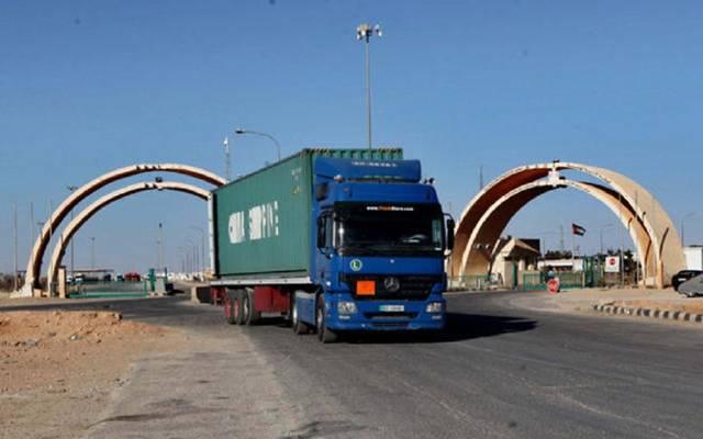 الشاحنات التجارية