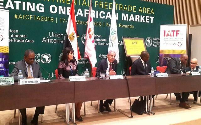 المعرض يضم ألف عارض و4500 مشترٍ للمنتجات يمثلون 55 دولة أفريقية
