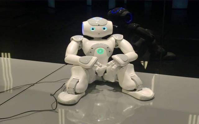 خبير: تكنولوجيا الذكاء الاصطناعي ستتخطى البشر بمليارات المرات