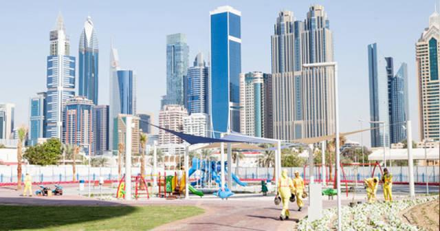 عوائد قطاع إدارة المرافق الإماراتي تتجاوز 13 مليار درهم
