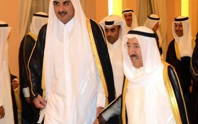 أمير قطر في زيارة سابقة إلى الكويت