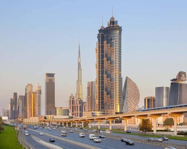 أحد الشوارع الرئيسية بإمارة دبي