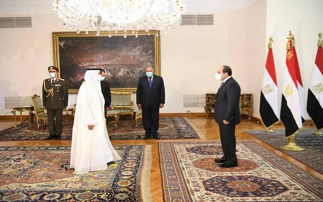 سفير الإمارات في القاهرة يقدم اوراق اعتماده للرئيس السيسي