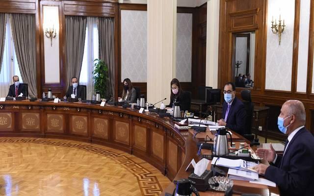 الوزراء المصري يناقش مقترح الخطة الاستثمارية لوزارة النقل